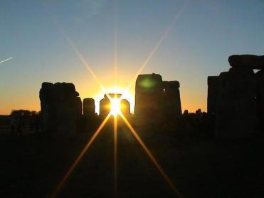 Risultati immagini per stonehenge solstice