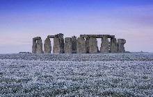 1-stonehenge-winter