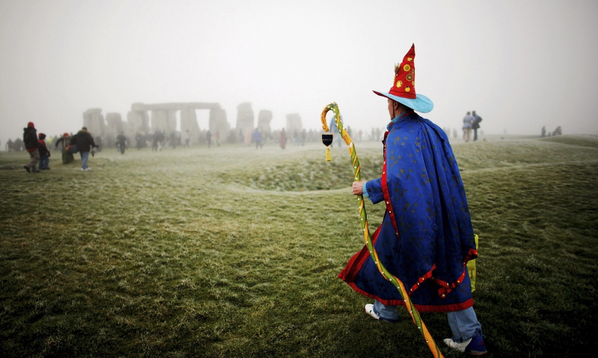 winter-solstice-wizard & Winter Solstice at Stonehenge and other U.K events over Christmas ...