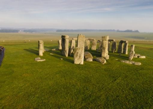 Vist Stonehenge