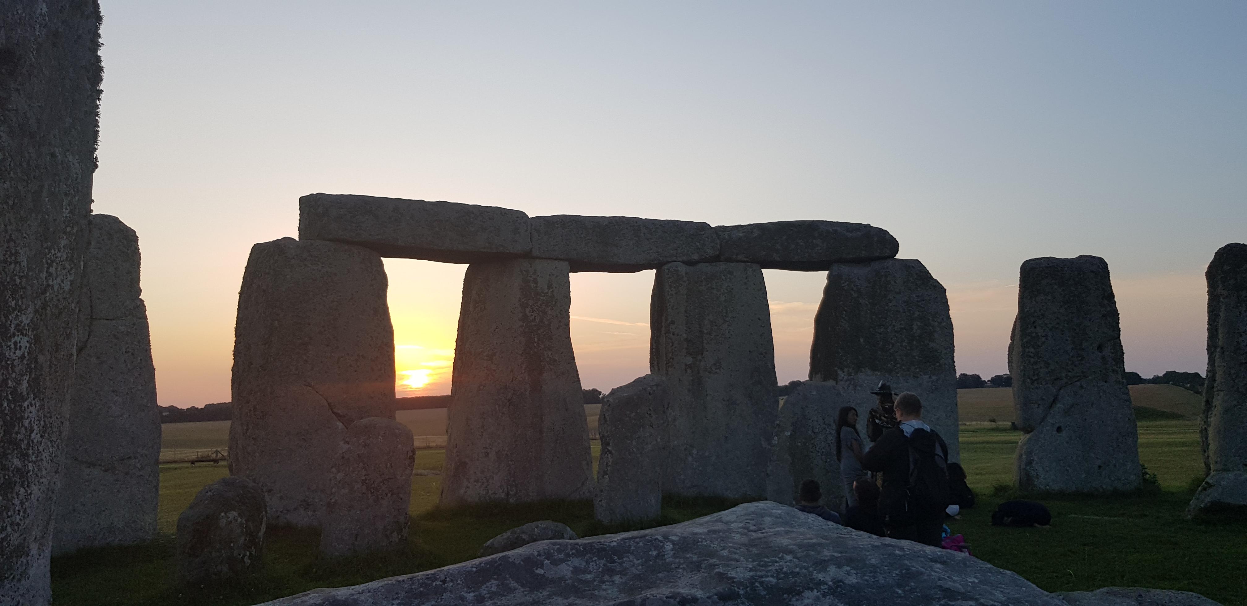 Stonehenge VIP Access Tours